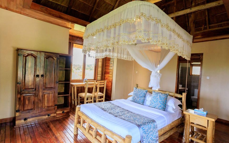 Adere Safari Lodge. Kidepo Valley National Park