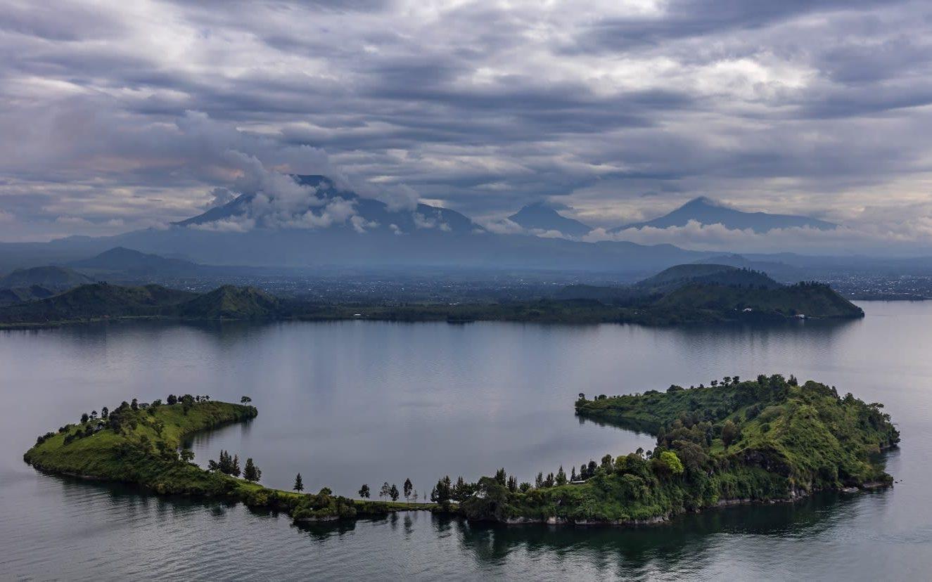 Tchegera Island DRC