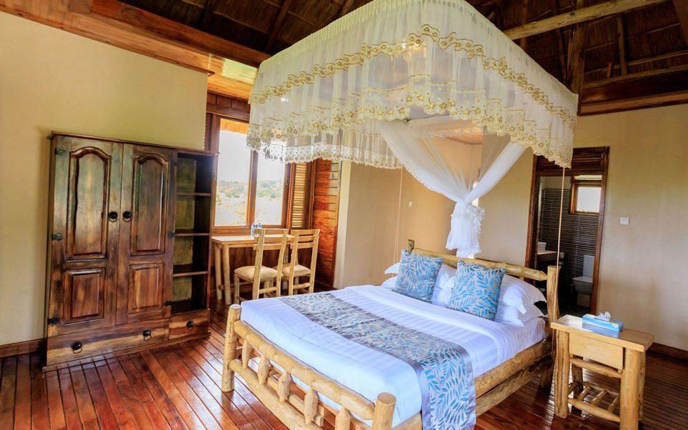 Adere Safari Lodge Kidepo. Romantic Safari Lodge