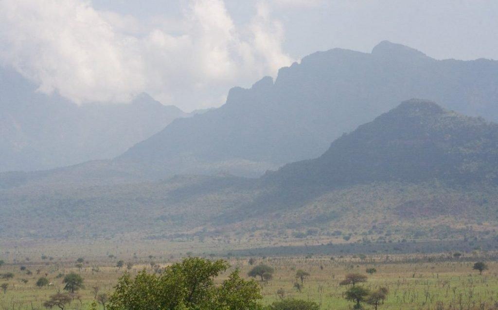 Uganda wildlife safari destinations